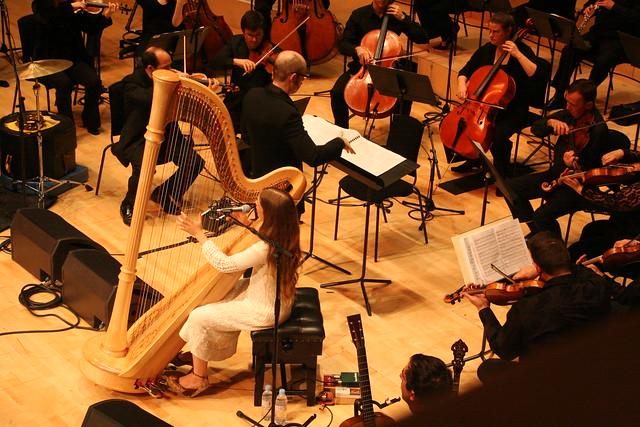 Joanna Newsom playing Carnegie Hall, touring  covered Sheryl Crow