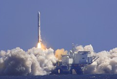 space shuttle(0.0), rocket(1.0), spacecraft(1.0), vehicle(1.0), missile(1.0),