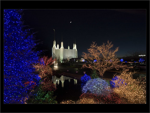 Christmas Lights at Washington DC LDS temple
