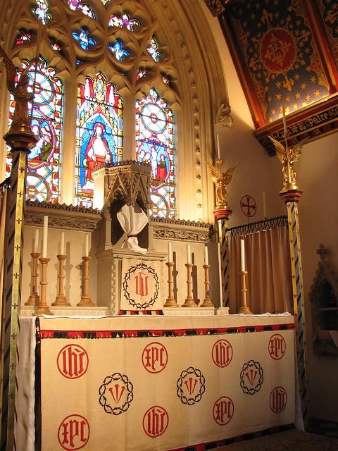 Lenten Array at St Birinus