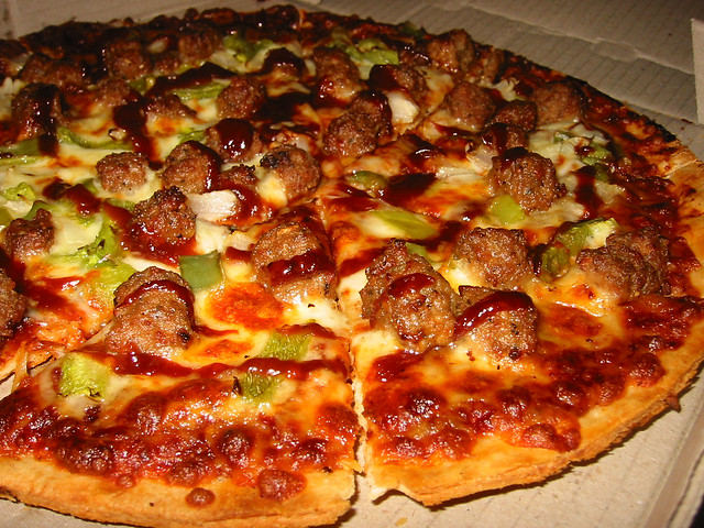 BBQ Meatball Pizza from Dominos | Explore The Food Pornograp ...