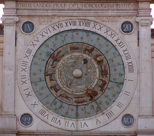 Rellotge astrològic, Piazza dei Signori, Padova