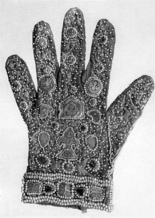plate68-glove-left.jpg