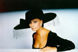 Sophia Loren portant une voilette