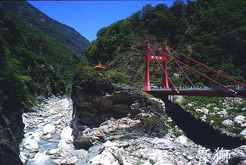 V106中橫慈母橋