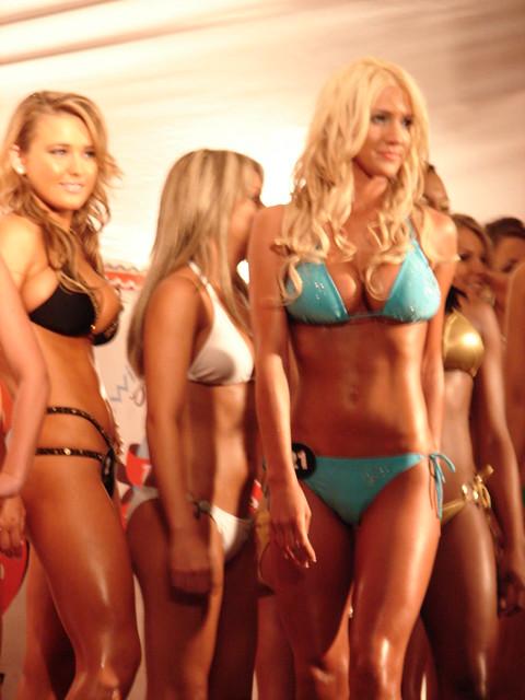 Bikini contest hooters photo