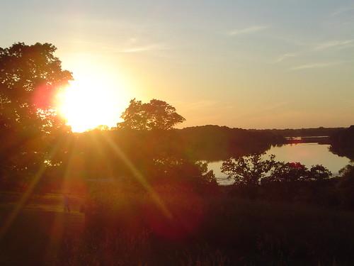 solarflare sunset pond vista minnetrista
