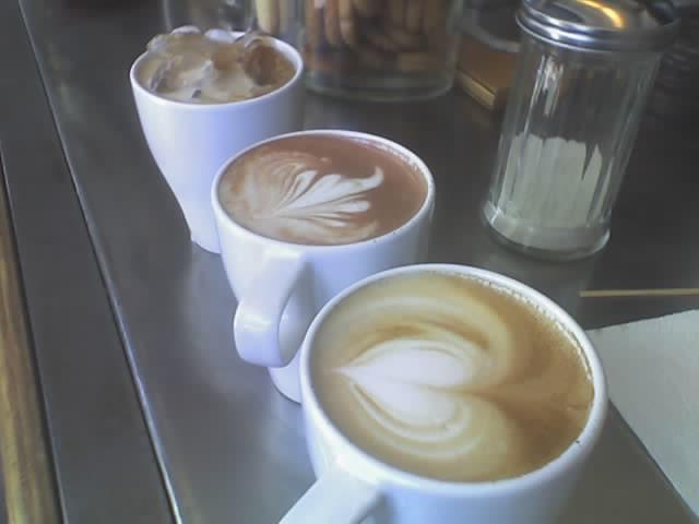 coffee at blue bottle, fancy foam no charge