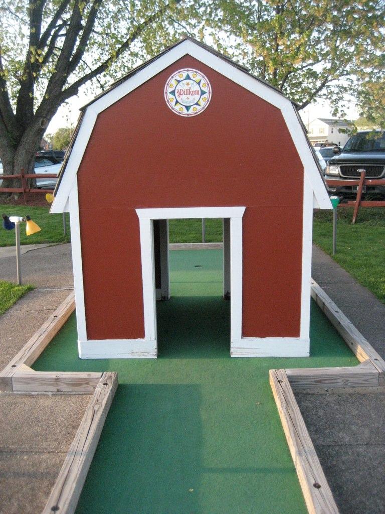 Wilkum to Waltz Mini Golf