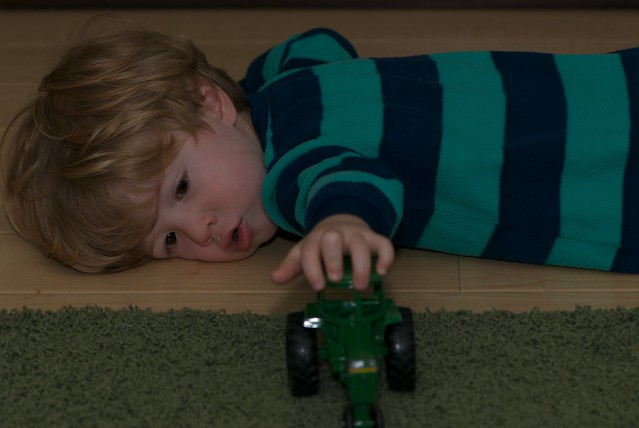 Cars Tractor Tipping Game
