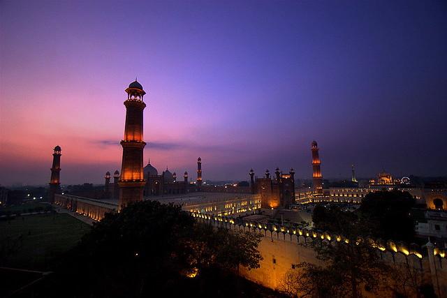 Badshahi Masjid at Night | Flickr - Photo Sharing!