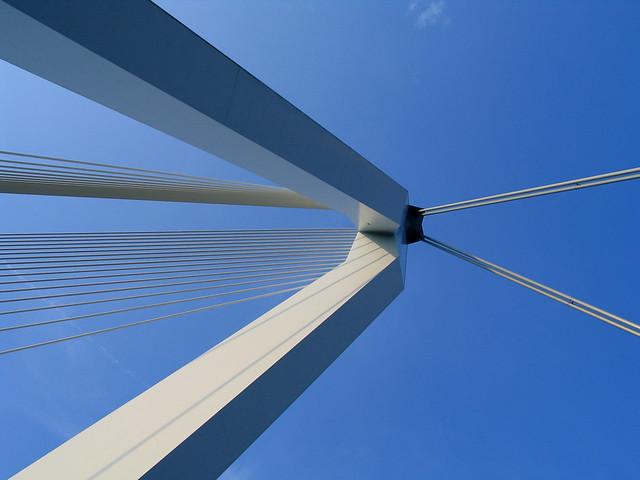rasmusbrug (Puente de Erasmo), Róterdam, Países Bajos.