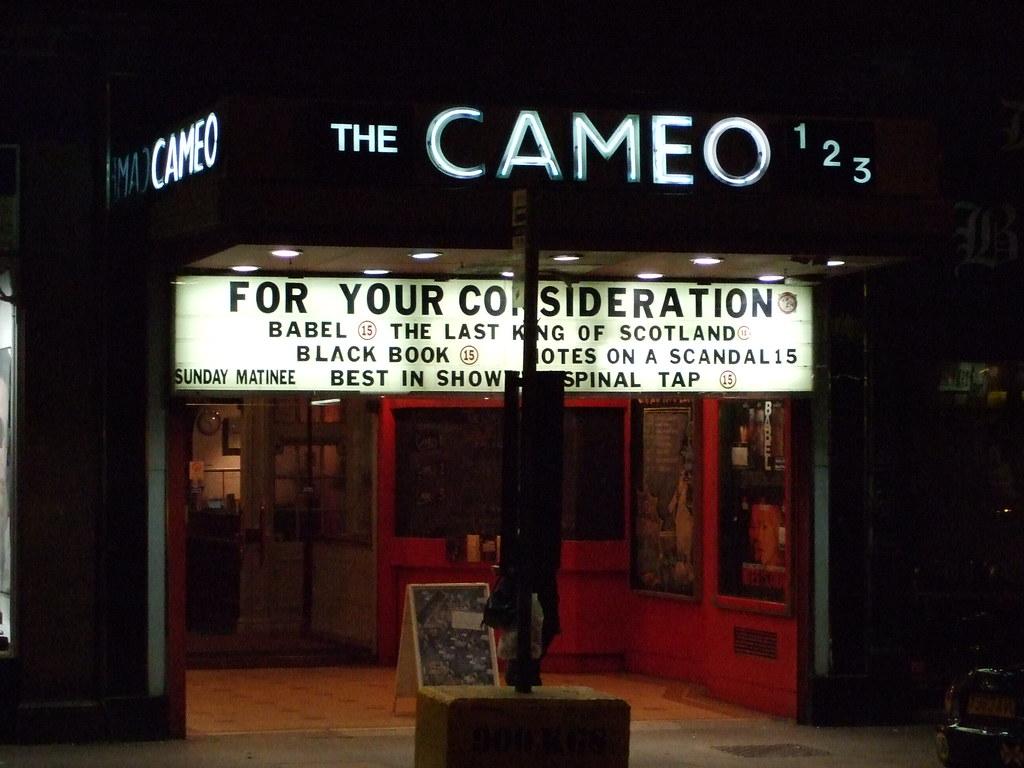 Cameo Edinburgh at night