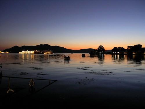 travel sunset india lake water colors viagem rajasthan udaipur pichola superhearts llovemypics mygearandme mygearandmepremium mygearandmebronze mygearandmesilver mygearandmegold mygearandmeplatinum mygearandmediamond