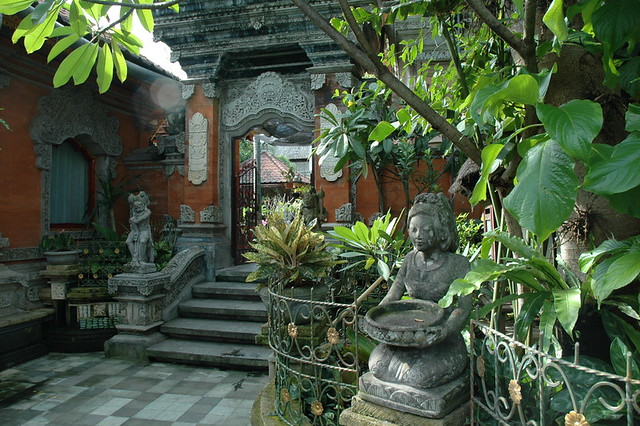 Balinese Garden | The two world's famous beautiful gardens a ...