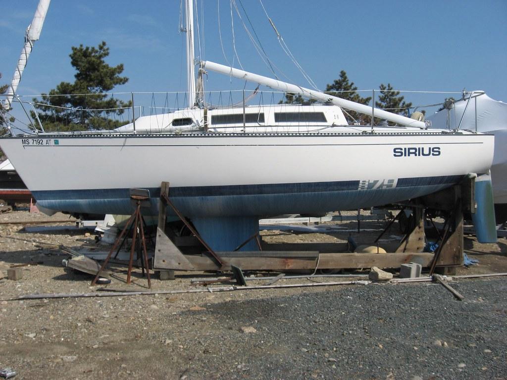 """Free Sailboat - 25'11"""" S2 7.9"""