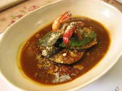 meat(0.0), asam pedas(0.0), produce(0.0), stew(1.0), curry(1.0), red curry(1.0), food(1.0), dish(1.0), soup(1.0), cuisine(1.0), gulai(1.0), gumbo(1.0),