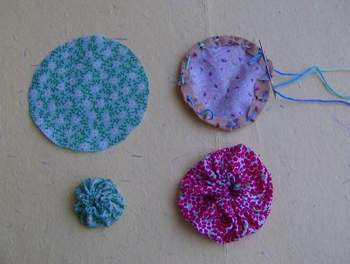 Manualidades flores de tela imagui - Como se hace manualidades ...