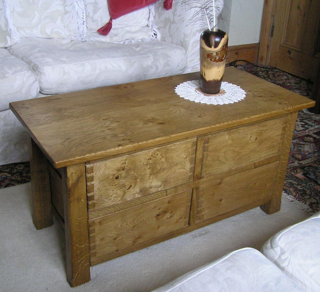 Coffee table in burr / burl oak