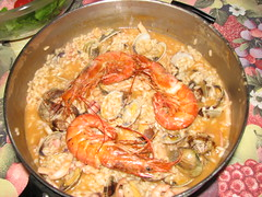 shrimp(1.0), seafood boil(1.0), dendrobranchiata(1.0), caridean shrimp(1.0), paella(1.0), fish(1.0), seafood(1.0), invertebrate(1.0), food(1.0), scampi(1.0), dish(1.0), cuisine(1.0),