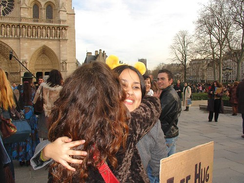 free_hugs_paris170207_017