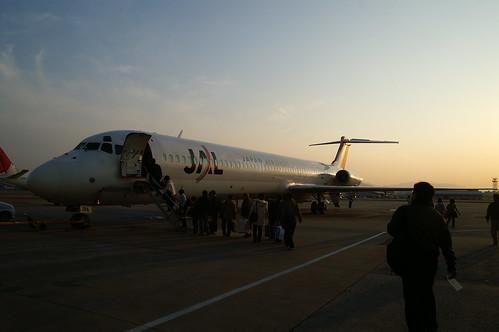 JL3597 (JAL MD-81 JA8294) @ FUK/RJFF