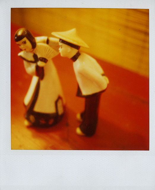 jason's :: kissing dolls