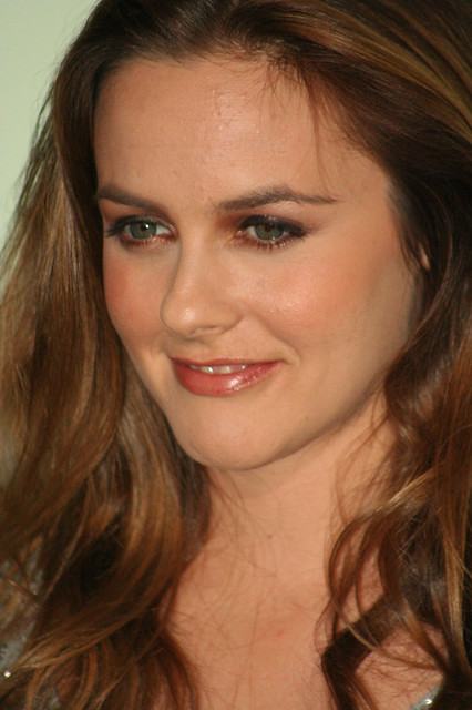 Header of Alicia Silverstone
