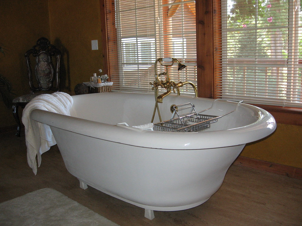 giant bathtub