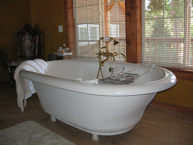 giant bathtub by Erica Nicol