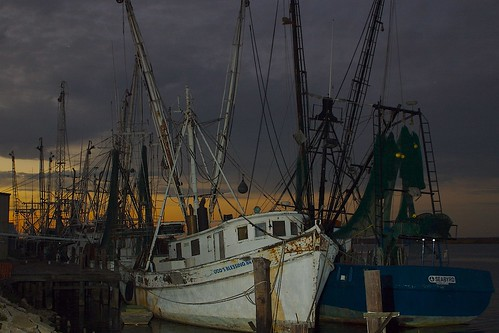 sunset boats fishing village florida apalachicola gulfcoast