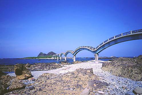U164成功三仙台八拱跨海步橋