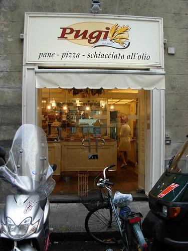 Franchise cake shop