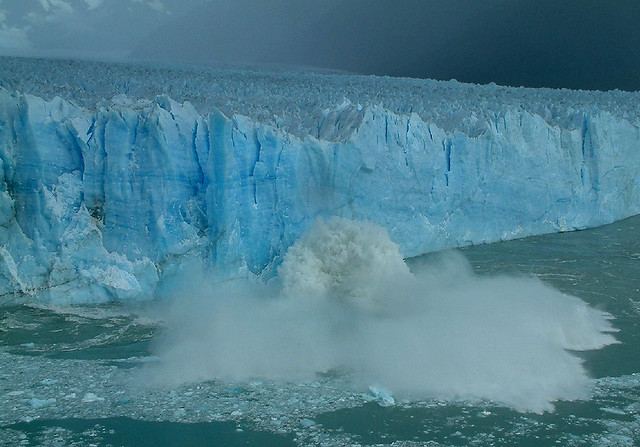 A 70mts Wall Of Ice Collapsing - Perito Moreno Glacier - Los Glaciares Natinal Park - Argentina