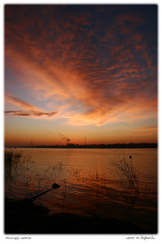 morning usa sunrise river la photo mississippiriver 2007 harahan specnature anawesomeshot mstyborski ljomicomp1