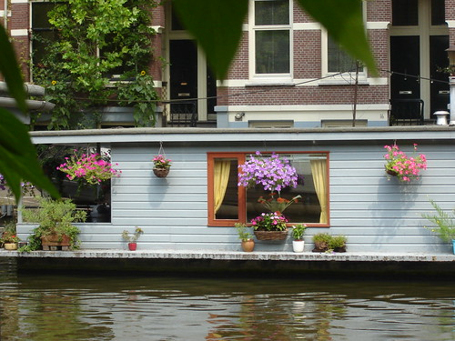 phildutch hotel amsterdam houseboat