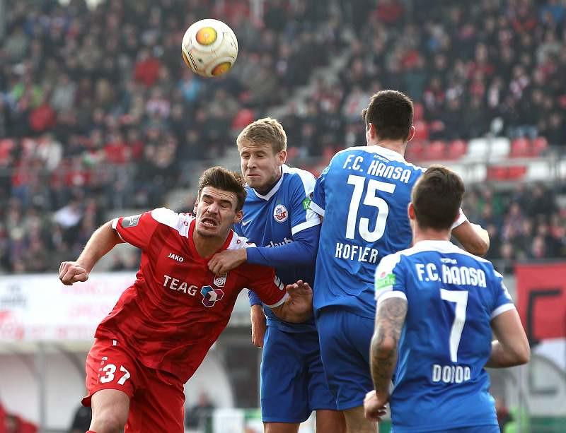 10.12.2016   FC Rot-Weiss Erfurt vs. F.C. Hansa Rostock 1-2, Fotograf: Frank Steinhorst-Pressefoto