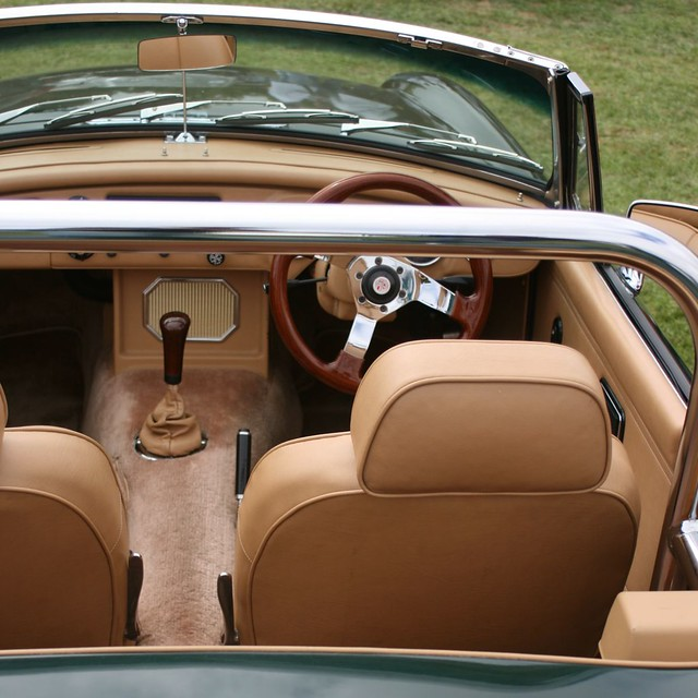 classic british car all leather interior shot at 2007 all flickr photo sharing. Black Bedroom Furniture Sets. Home Design Ideas