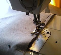 wheel(0.0), sewing(1.0), sewing machine(1.0), art(1.0),