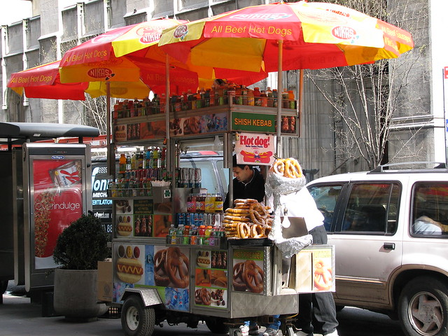 Top 5 Street Snacks to Eat in New York City