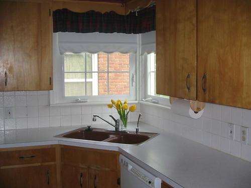 Aprovechar espacio en la cocina fregaderos en esquina - Cocinas en esquina ...