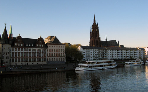 Frankfurt Cathedral and the Main