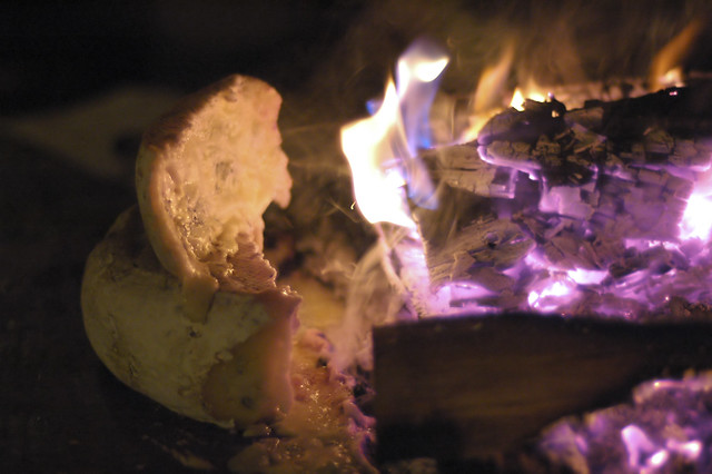 raclette au feu de bois flickr photo sharing. Black Bedroom Furniture Sets. Home Design Ideas