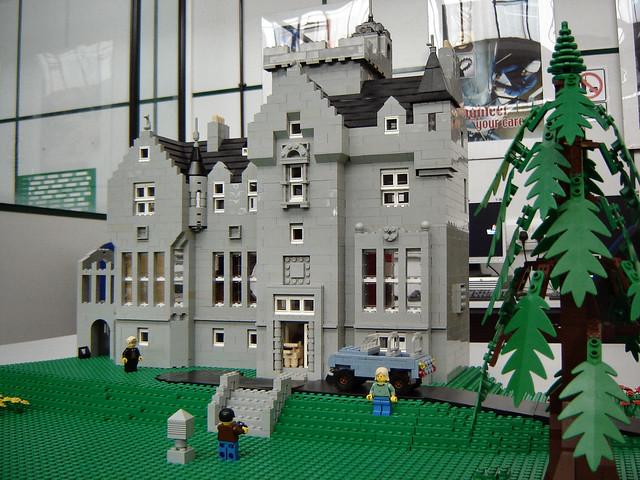 407820137 58e3d305ab for Lego house original