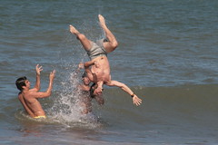 beach(0.0), open water swimming(0.0), sports(0.0), water sport(0.0), skimboarding(0.0), fun(1.0), swimming(1.0), sea(1.0),