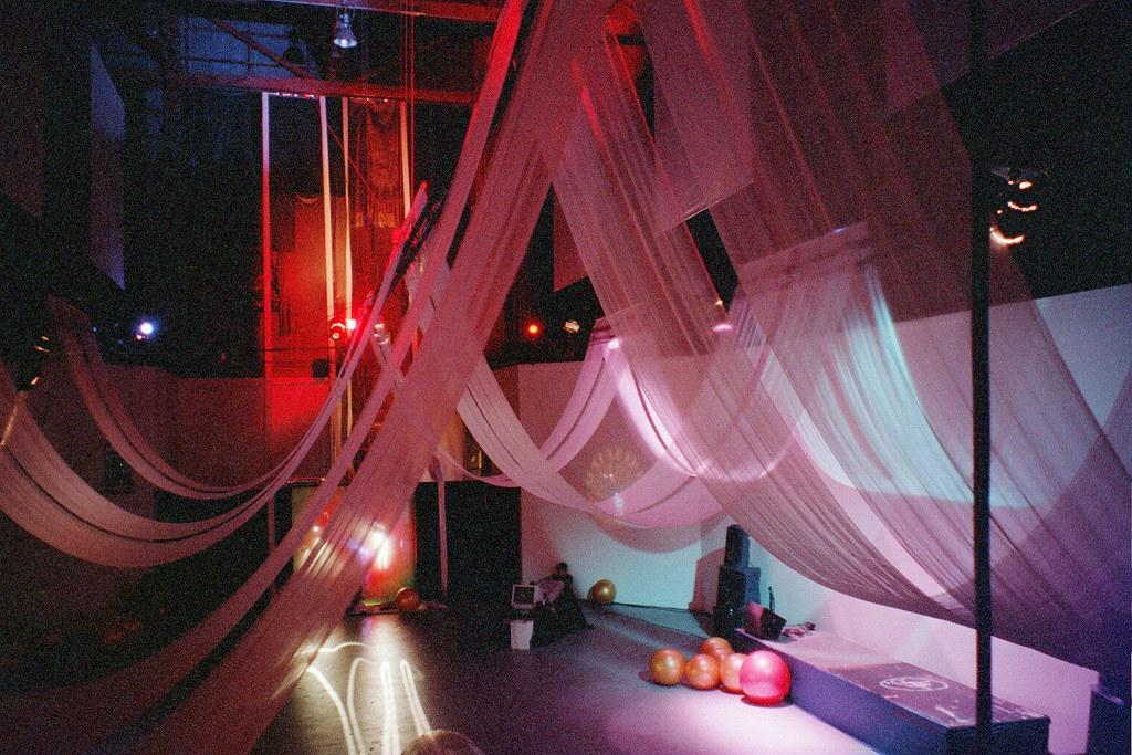 Drapes Installation Drapes Canopy Bath