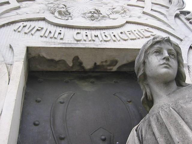 Rufina Cambaceres, Enterrada viva en el Cementerio de Recoleta, Buenos Aires, Argentina