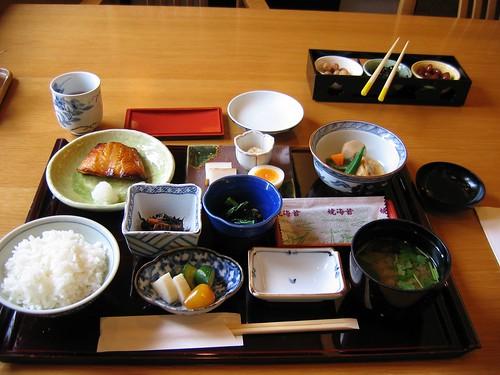 El tipico desayuno japones todo sobre jap n for Mesa japonesa tradicional