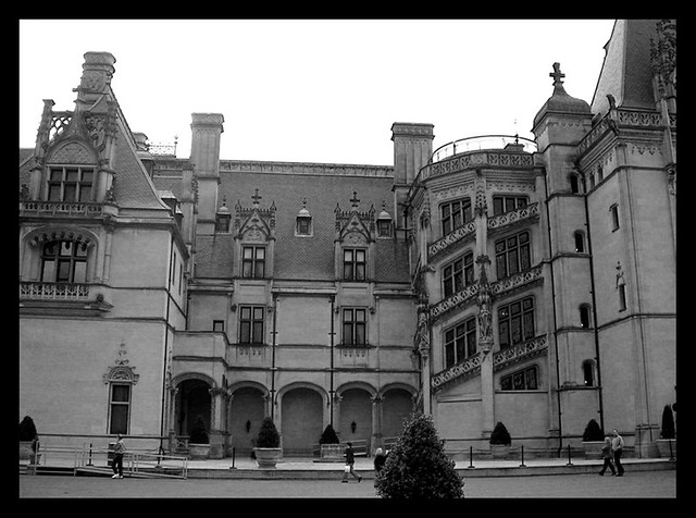 Biltmore estate mansion flickr photo sharing for Is biltmore estate haunted