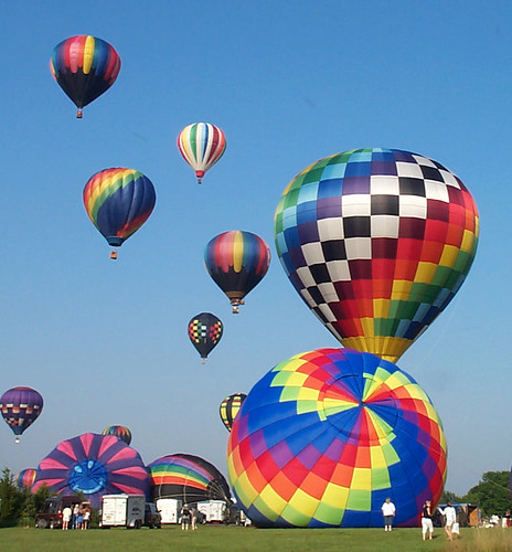 hot-air ballooning - stages of the liftoff (2003)